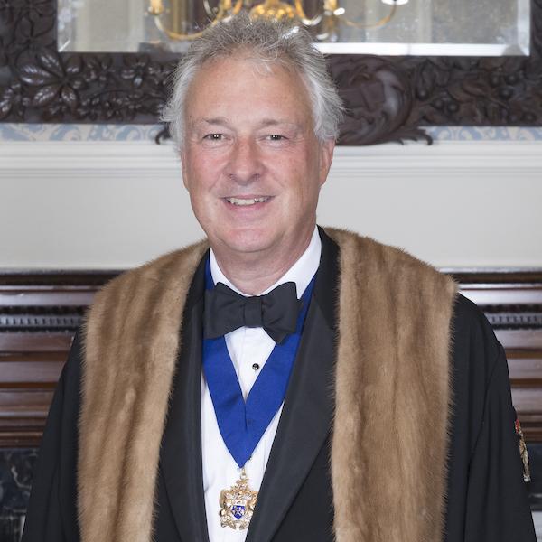 P/M Stuart Thompson